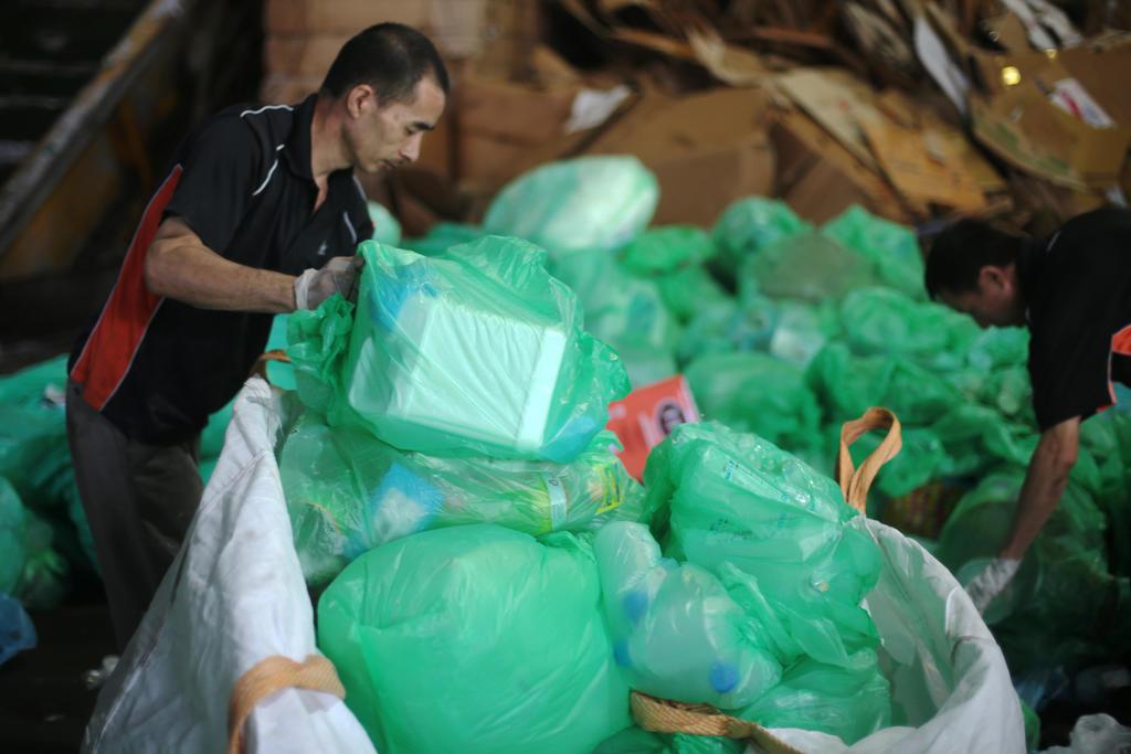 plastic trashes